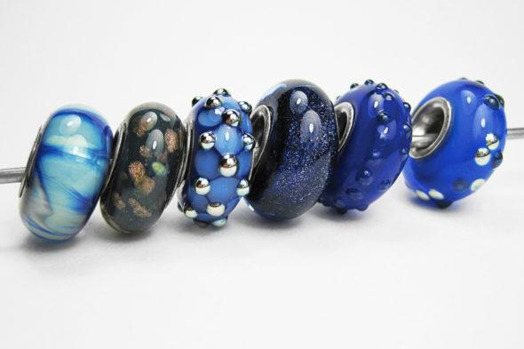wechsel dich glücklich | Perlen in Blautönen